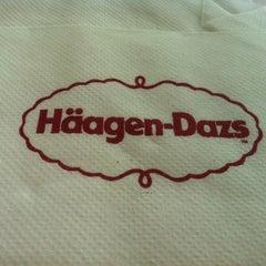 Photo taken at Haagen Dazs by yousef alkandri y. on 4/28/2012
