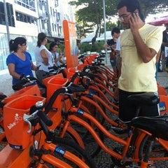 Photo taken at BikeRio - Estação 05 by Hugo C. on 6/24/2012