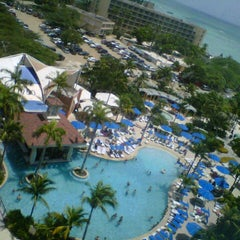 Photo taken at Marriott's Aruba Surf Club by Kristi V. on 7/15/2012