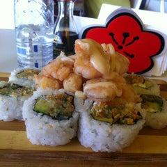 Photo taken at Ikura Sushi-Bar by Leonardo R. on 4/18/2012