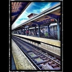 Photo taken at MTA Subway - Myrtle Ave/Broadway (J/M/Z) by Muhammad M. on 6/8/2012