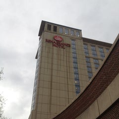 Photo taken at Renaissance Portsmouth-Norfolk Waterfront Hotel by Roger A. on 3/24/2012