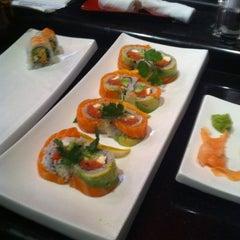 Photo taken at Sushi Garden Restaurant by Victor C. on 3/23/2012