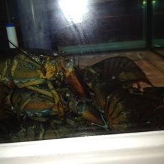 Photo taken at Red Lobster by Landan M. on 3/23/2012
