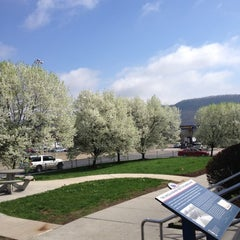 Photo taken at South Midway Service Plaza by Katie M. on 3/25/2012
