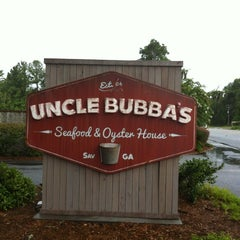 Photo taken at Uncle Bubba's Oyster House by Shea D. on 7/20/2012