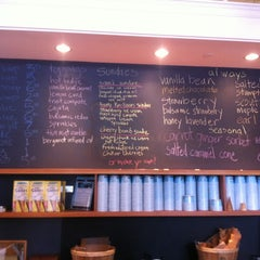 Photo taken at Molly Moon's Homemade Ice Cream by Matthew C. on 7/3/2012