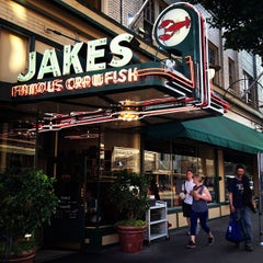 Photo taken at Jake's Famous Crawfish by Mac P. on 5/15/2012