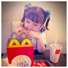Photo taken at McDonald's by Getsy F. on 9/6/2012