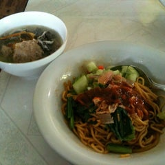 Photo taken at Mie Baso H. Oding / AGA by Kevin P. on 3/18/2012