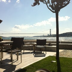 Photo taken at Sumahan On The Water Hotel Istanbul by Evrim Ç. on 6/30/2012