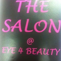 Photo taken at Eye 4 Beauty by Simon on 9/5/2012