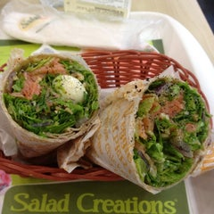 Photo taken at Salad Creations by EhRaD &. on 4/4/2012