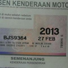 Photo taken at CIMB Bank Berhad, Jalan Kapar by yanz e. on 2/23/2012