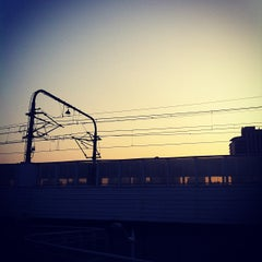 Photo taken at 延安西路地铁站 | W. Yan'an Rd. Metro Stn. by Eric Z. on 2/18/2012