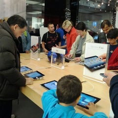Photo taken at Apple Store, Bethesda Row by Tony R. on 3/17/2012