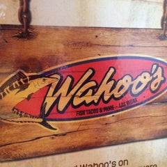 Photo taken at Wahoo's Fish Taco by Mikee J. on 2/24/2012