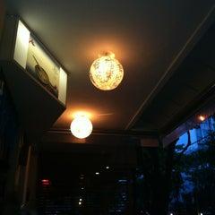 Photo taken at Deusimar Sushi by Hans B. on 4/6/2012