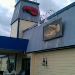 Photo taken at Red Lobster by Dena C. on 6/22/2012