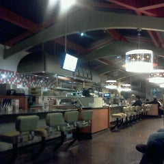 Photo taken at Norm's Restaurant by Viciously M. on 4/24/2012