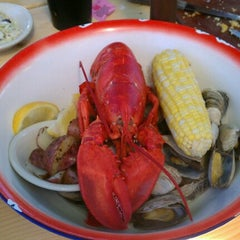 Photo taken at Fish House Grill by Diana R. on 9/1/2012