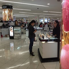 Photo taken at Macy's by Pufi C. on 3/28/2012