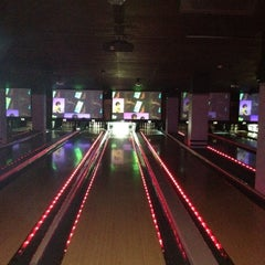 Photo taken at Frames Leisure Time Bowl by Ruggero M. on 6/10/2012