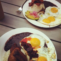 Photo taken at Pilar Cuban Eatery by Avi L. on 6/3/2012