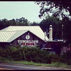Photo taken at Townline BBQ by Matthew M. on 8/14/2012