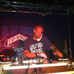 Photo taken at Blue Moose Tap House by Czarina M. on 9/8/2012