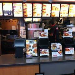 Photo taken at Carl's Jr. by MikeVanessa L. on 7/16/2012