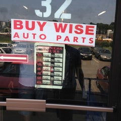 Photo taken at buy-wise auto parts by Dalvin M. on 6/22/2012
