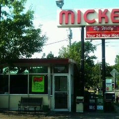 Photo taken at Mickey's Diner by DENNIS S. on 9/3/2012