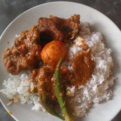 Photo taken at Resto Selera Ampang Wisma central by manap @. on 3/19/2012