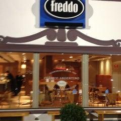 Foto tirada no(a) Freddo por Aurélio de oLIVEira em 7/18/2012