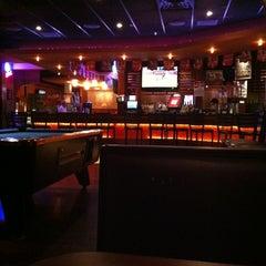 Photo taken at Stadium Sports Bar And Restaurant by Min Suk L. on 6/9/2012