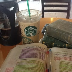 Photo taken at Starbucks Coffee by Carlo Artemus D. on 3/12/2012