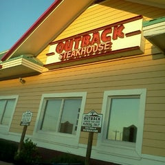 Photo taken at Outback Steakhouse by Samantha R. on 4/23/2012