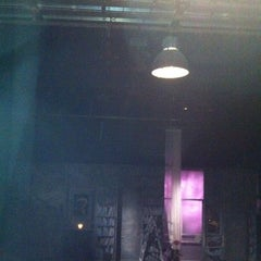 Photo taken at Θέατρο Ροές by Gianna🌸 .. on 3/4/2012