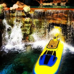 Photo taken at Finding Nemo Submarine Voyage by Eugene P. on 3/10/2012