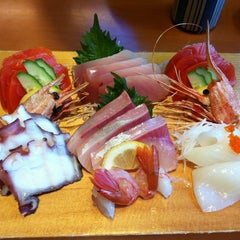 Photo taken at Sushi Itoga by Ana on 4/6/2012