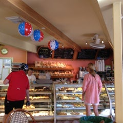 Photo taken at Beach Bakery Cafe by Jeff P. on 6/24/2012
