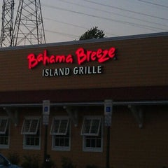 Photo taken at Bahama Breeze by Jett S. on 4/27/2012