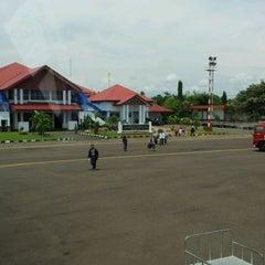 Photo taken at Bandara Fatmawati Soekarno (BKS) by Joko B. on 3/11/2012