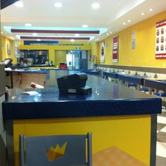 Photo taken at Burger King by Checoreco on 3/22/2012