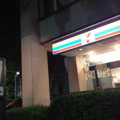 Photo taken at 7-Eleven by Belinda J. on 7/12/2012