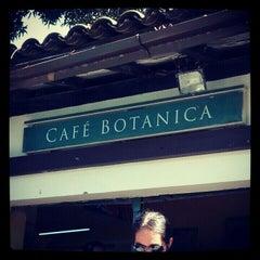 Photo taken at Café Botânica by Gustavo D. on 8/4/2012