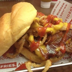 Photo taken at Smashburger by Lexi S. on 6/30/2012