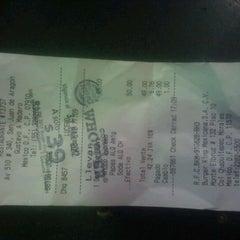 Photo taken at Burger King by Lucero G. on 3/28/2012