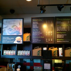 Photo taken at Starbucks by Gabe G. on 8/27/2012